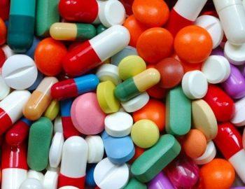"""Cuộc chiến ngành dược: """"Cơn sốt đầu tư vào ngành dược"""""""